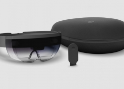 Microsoft Hololens is available for Ordering now
